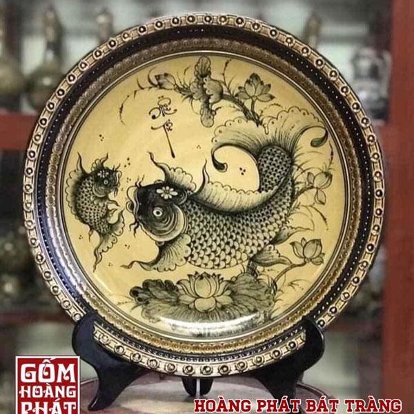 Đĩa trưng bày Cá chép men Hoàng Thổ