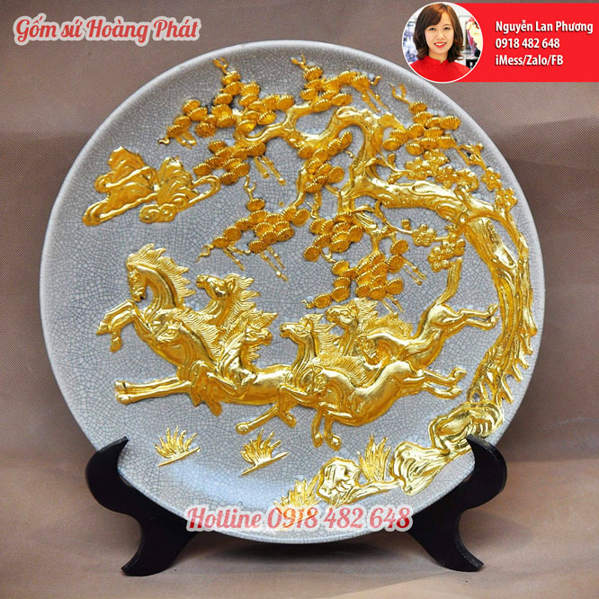 Gốm sứ dát vàng, đĩa trưng bày Bát mã dát vàng 999