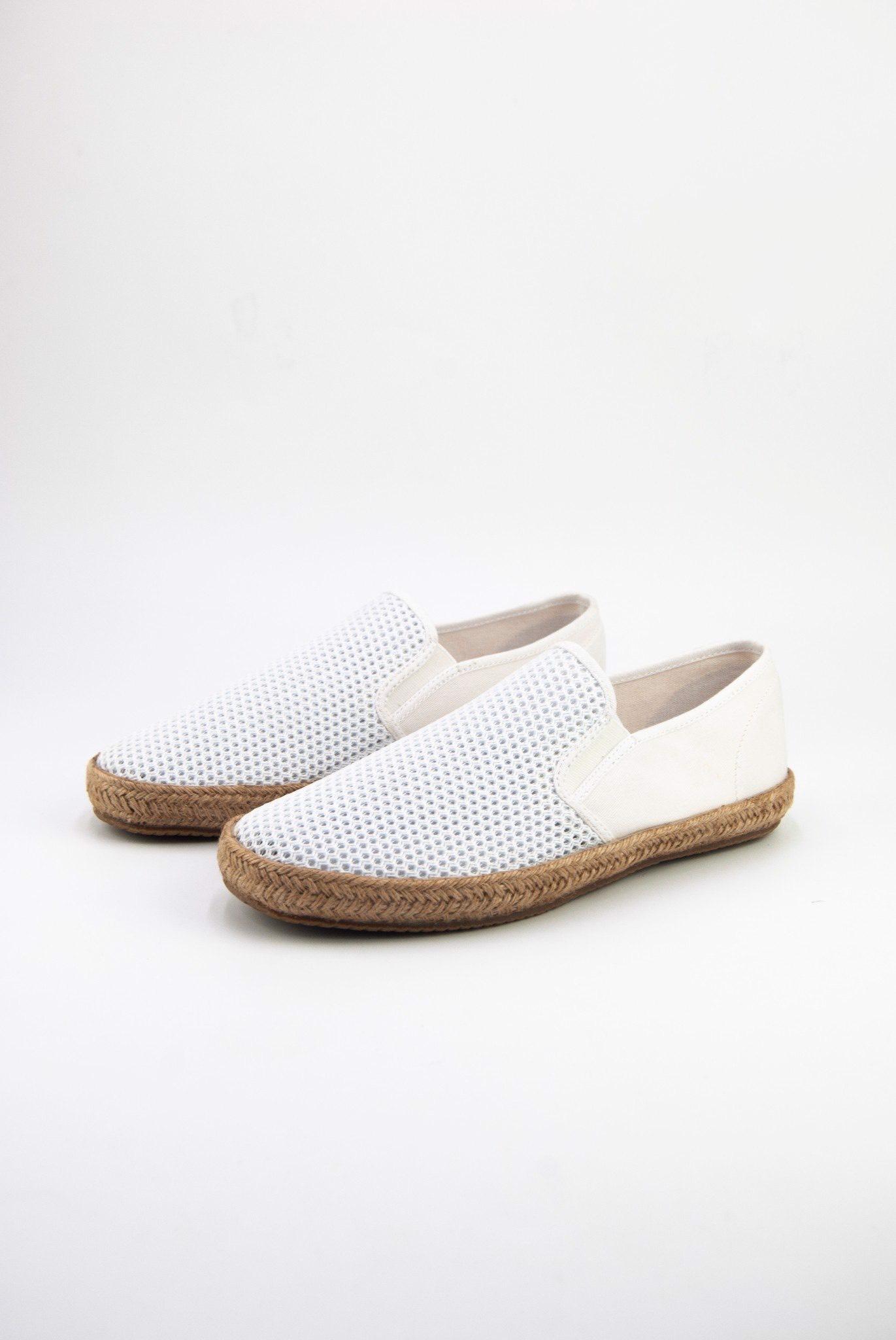 dincox831-white