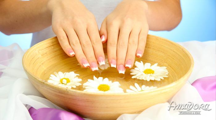 Massage chăm sóc đôi bàn tay - Amadora Spa / Hand massage