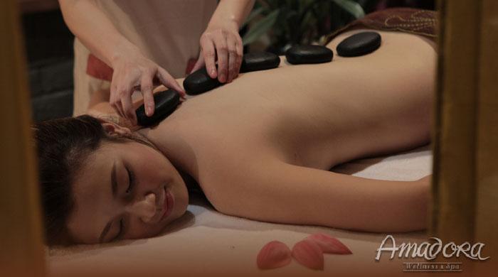 Massage lưng và đắp mặt nạ bùn biển dưỡng ẩm sâu - Amadora Spa / Back massage