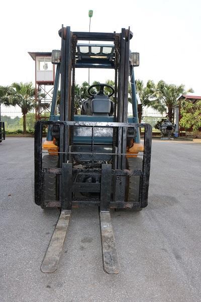 Khung Xe nâng dầu 2 tấn Toyota 60-7FD20