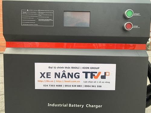 Bộ sạc ắc quy lithium 80V- 150A hiệu EIKTO, hàng mới 100%