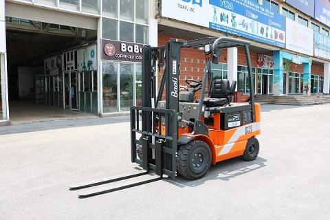 Xe nâng điện KBE25 hiệu Kion
