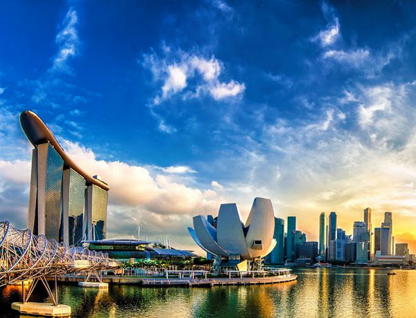 SINGAPORE – GARDEN BY THE BAY