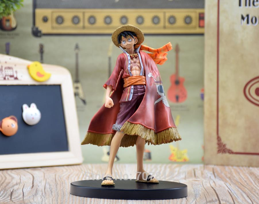 Figure Luffy áo choàng - One Piece