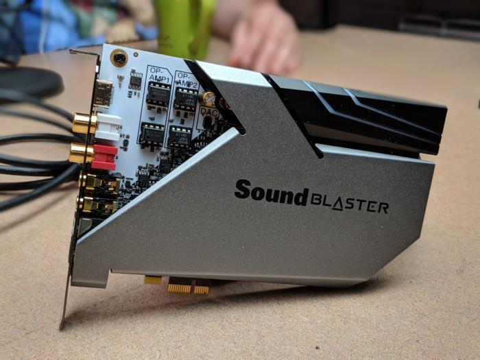 Card âm thanh Creative Sound BlasterX AE-9( tặng tai nghe)