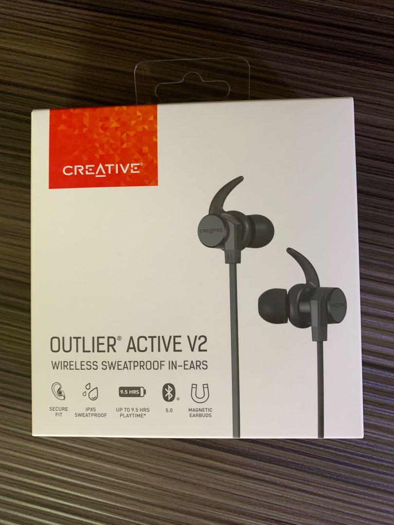 Tai nghe nhét tai bluetooth Creative Outlier Active V2- Hàng chính hãng