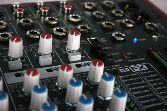 Mixer Allen & Heath ZED 16FX