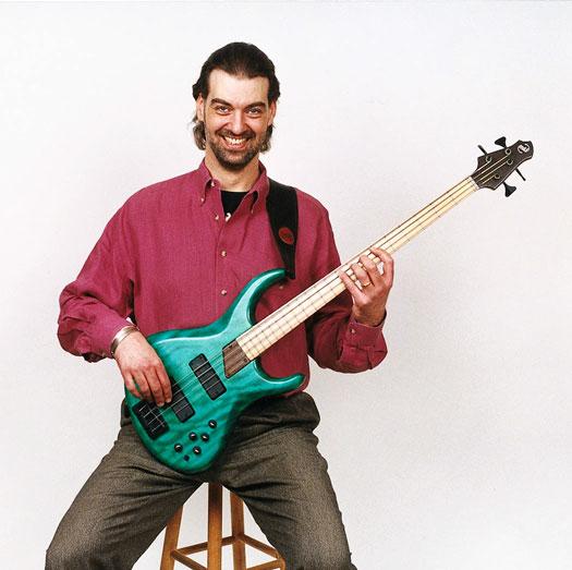 huong-dan-mua-guitar-bass