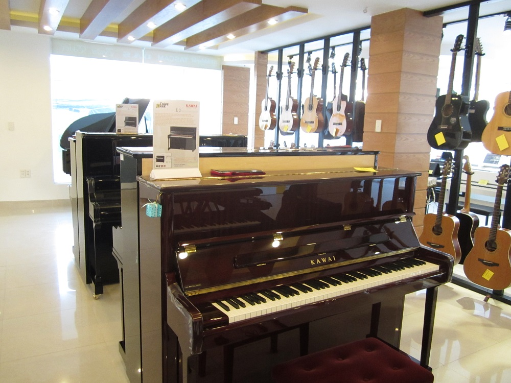 Showroom Enjoy Music 4