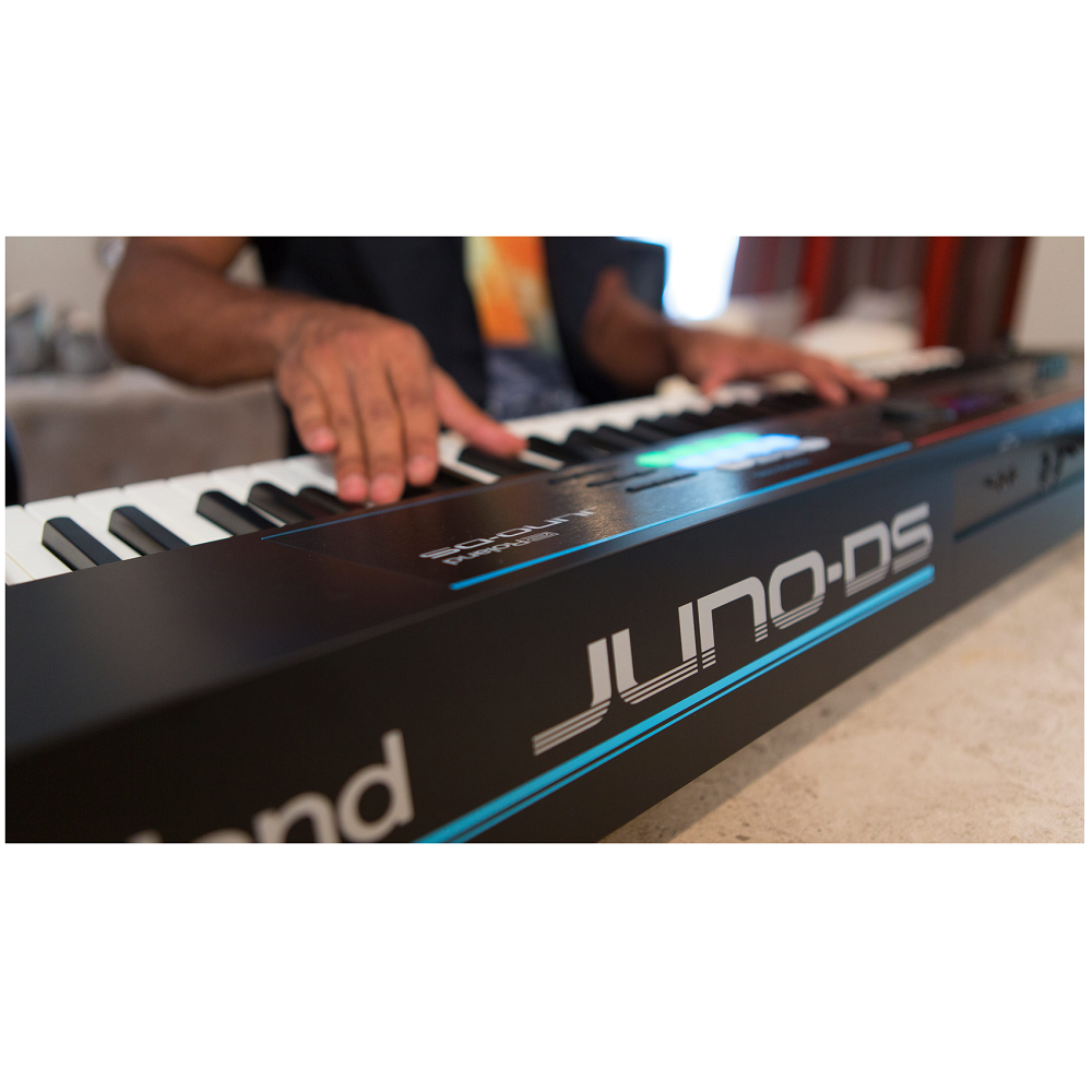 Roland JUNO-DS88 Synthesizer