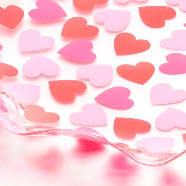 Đĩa tròn họa tiết trái tim