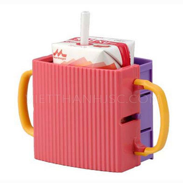 Giá đựng hộp sữa có quai cầm cho bé màu hồng