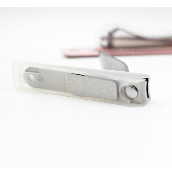 Bấm móng tay thân kim loại KAI (cỡ trung)