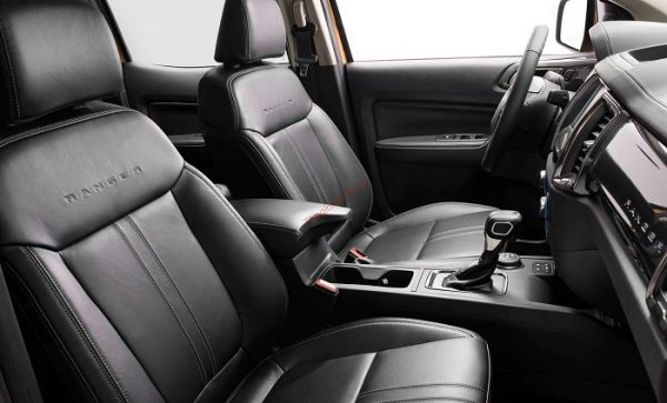 nội thất bán tải ford ranger 2021