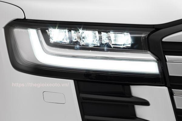 đèn pha Land Cruiser V6 2022