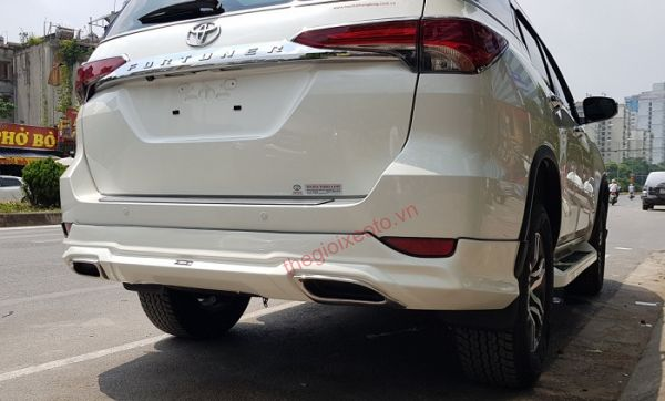 Body Kit Lexus Fortuner kiểu dáng Free Form
