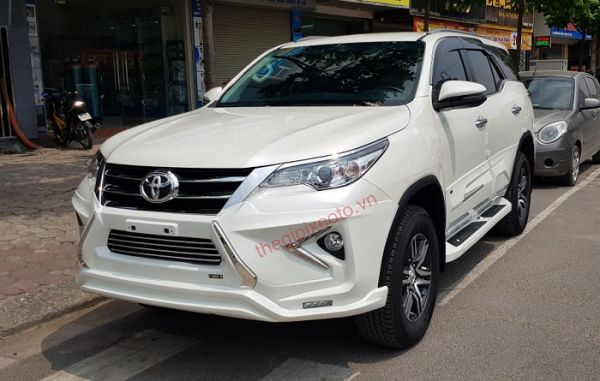 Body kit Lexus FreeForm độ cho Toyota Fortuner 2020