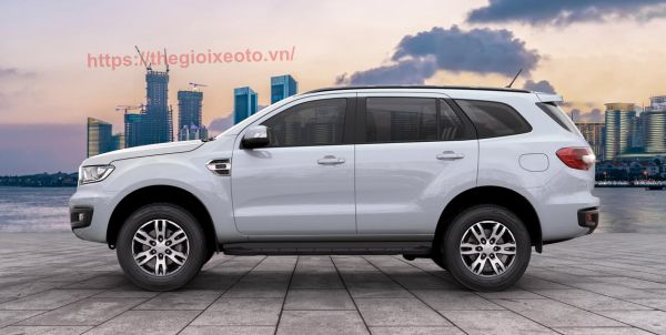 Thân xe Ford Everest 2021