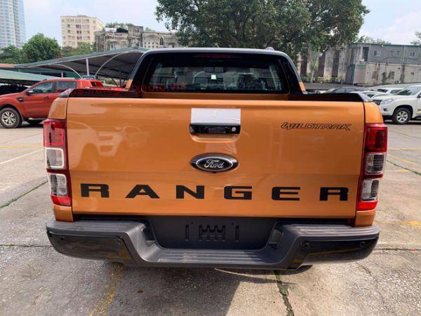Đuôi xe bán tải Ford Ranger 2021