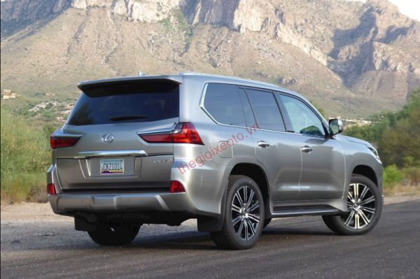 Đánh giá ngoại thất Lexus LX570 2020