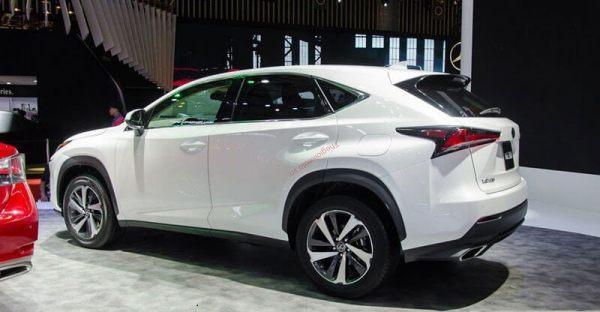 đuôi xe lexus nx300 2021