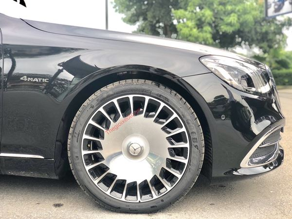 lazang  MERCEDES BENZ MAYBACH S560