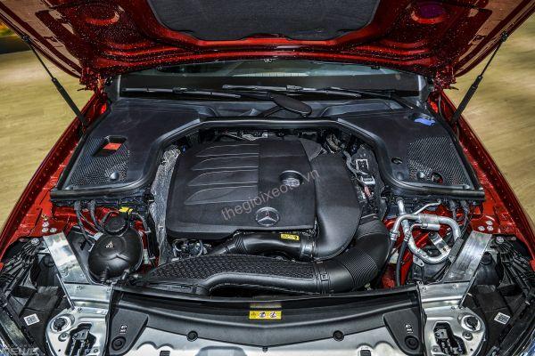 động cơ Mercedes-Benz E200 Exclusive2021