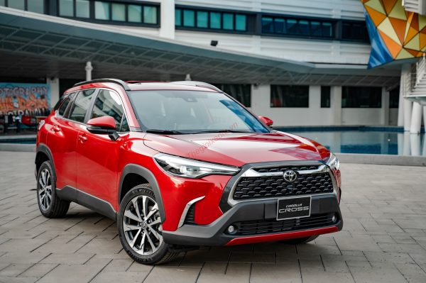 Ngoại thất xe Toyota Corolla Cross 2021