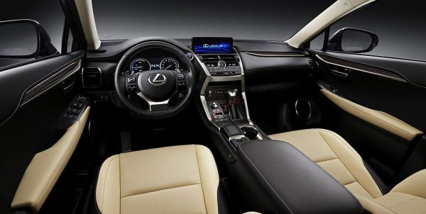Nội thất Lexus NX300 2021