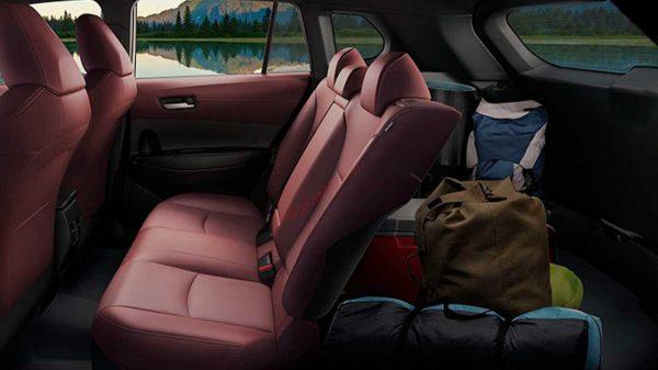 hàng ghế thứ 2 Toyota Corolla Cross 2021