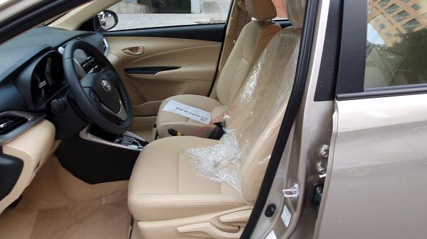 Nội thất Toyota Vios 1.5E số tự động