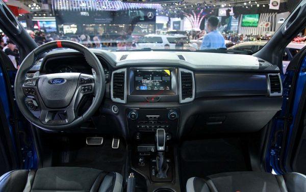 bảng taplo Bán tải Ford Ranger Raptor 2020