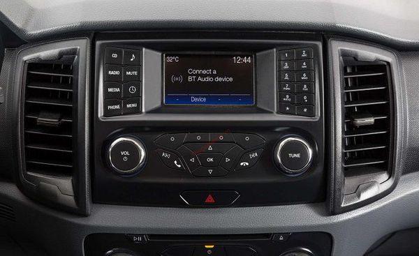 hệ thống âm thanh CD ford everest