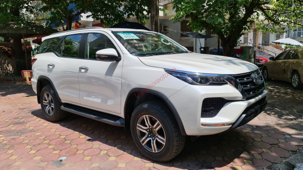 thân xe  toyota fortuner 2021