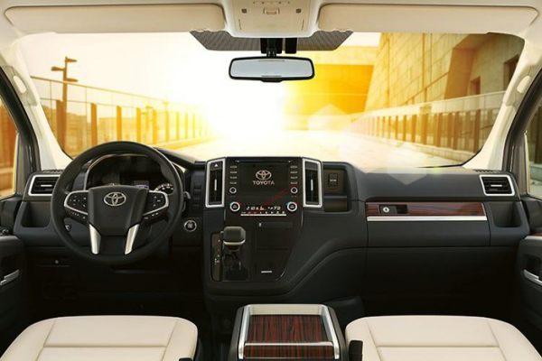 Nội thất Toyota Granvia 2021