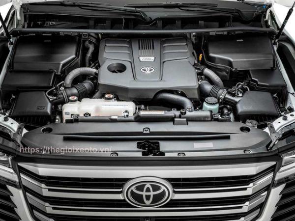 động cơ Toyota Land Cruiser 2022