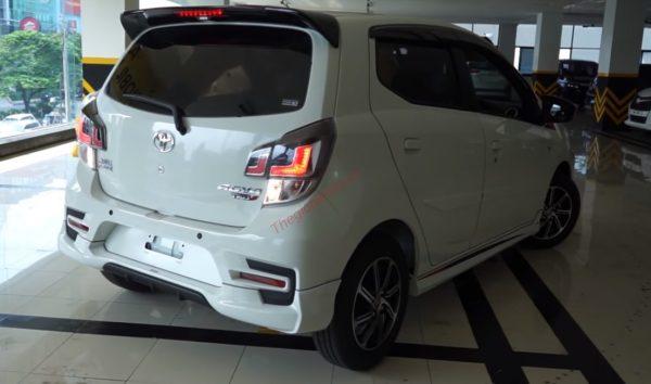 đuôi xe Wigo 2021