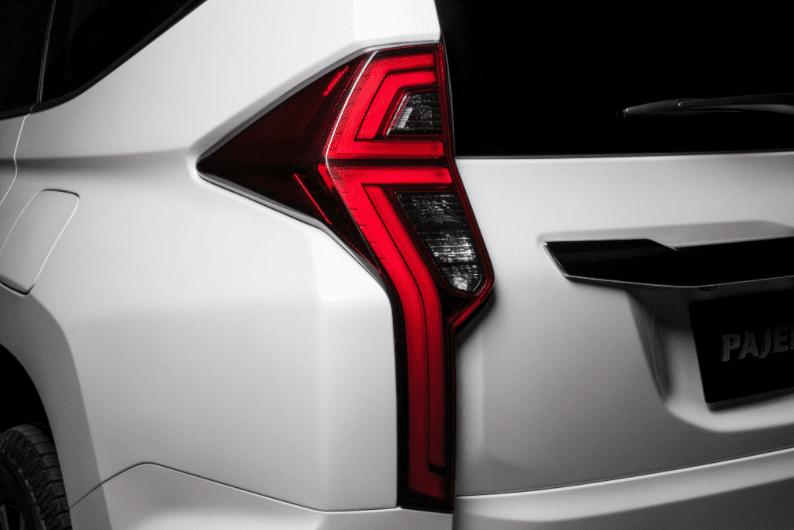 Xe Mitsubishi Pajero Sport 2020 máy dầu vay mua trả góp 80%