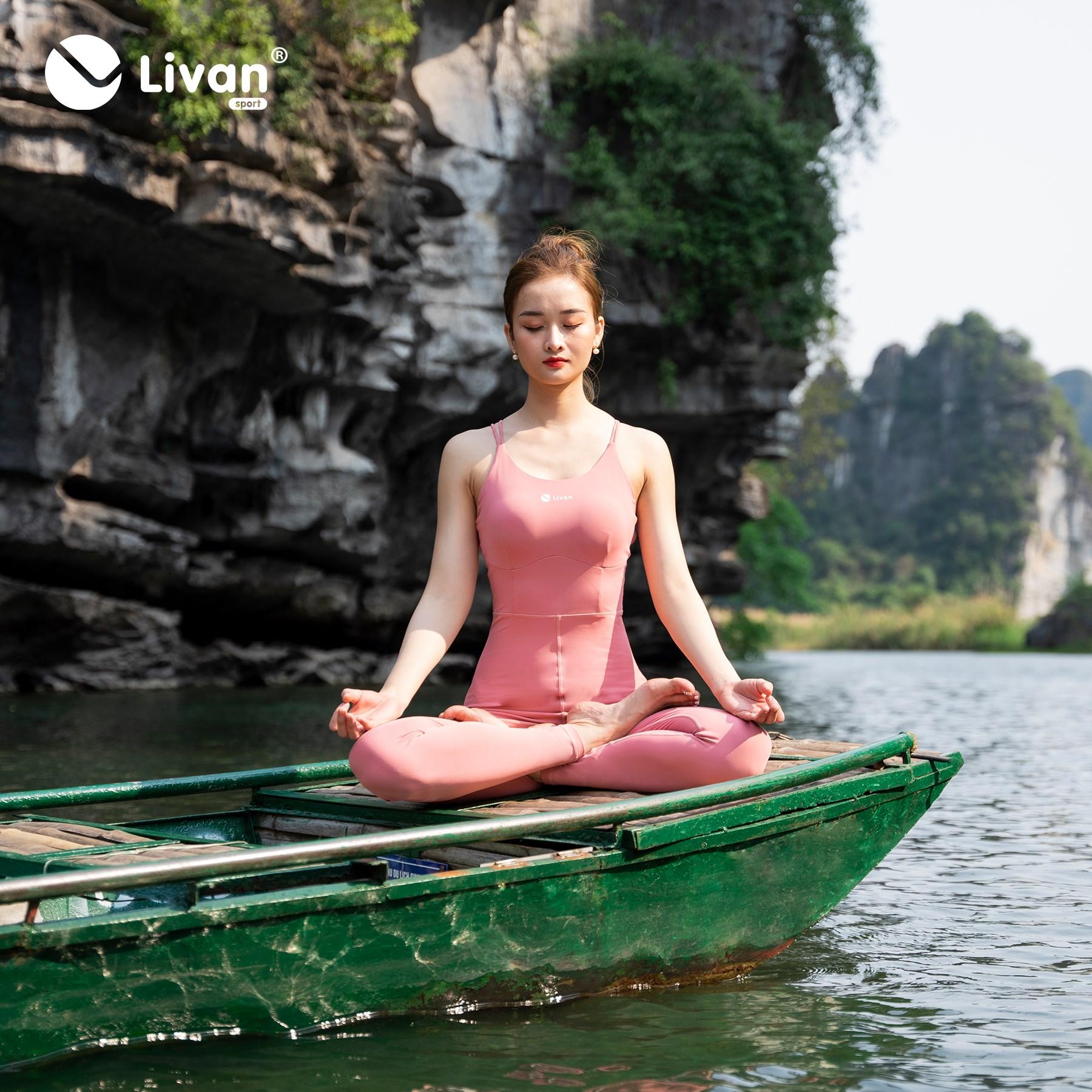 Bộ Jumpsuit yoga LV21212201