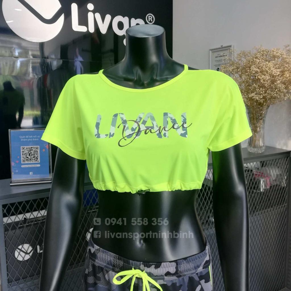 Áo croptop LV màu xanh lá Livan LV022111109