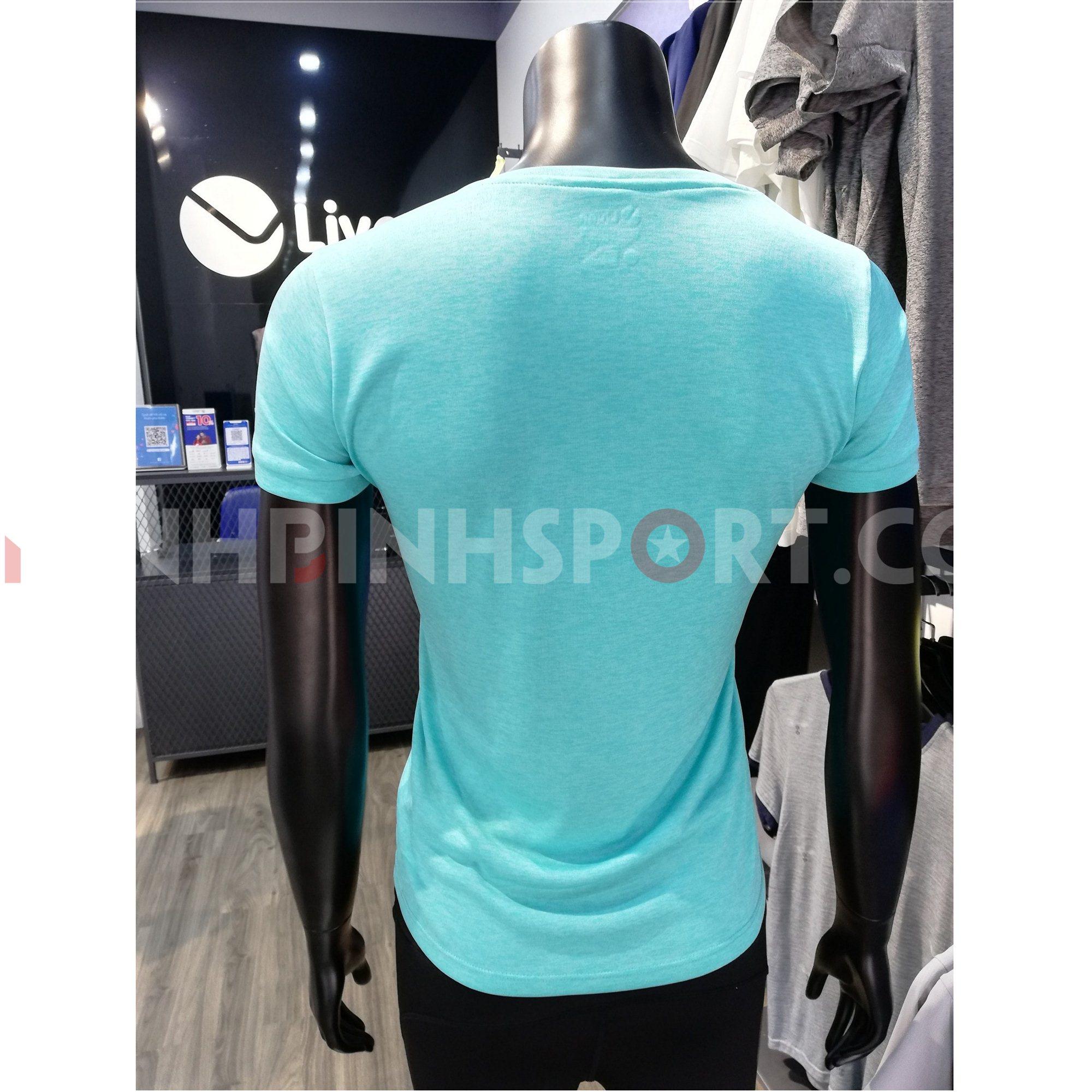 Áo T-shirt nữ màu xanh pastel 211179