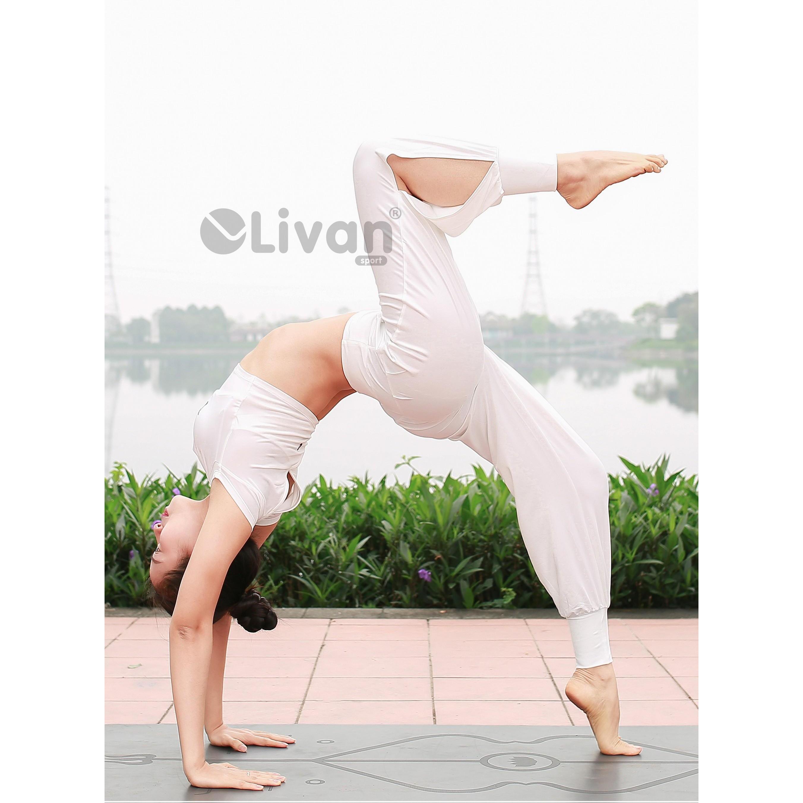 Bộ tập Yoga màu trắng 212287