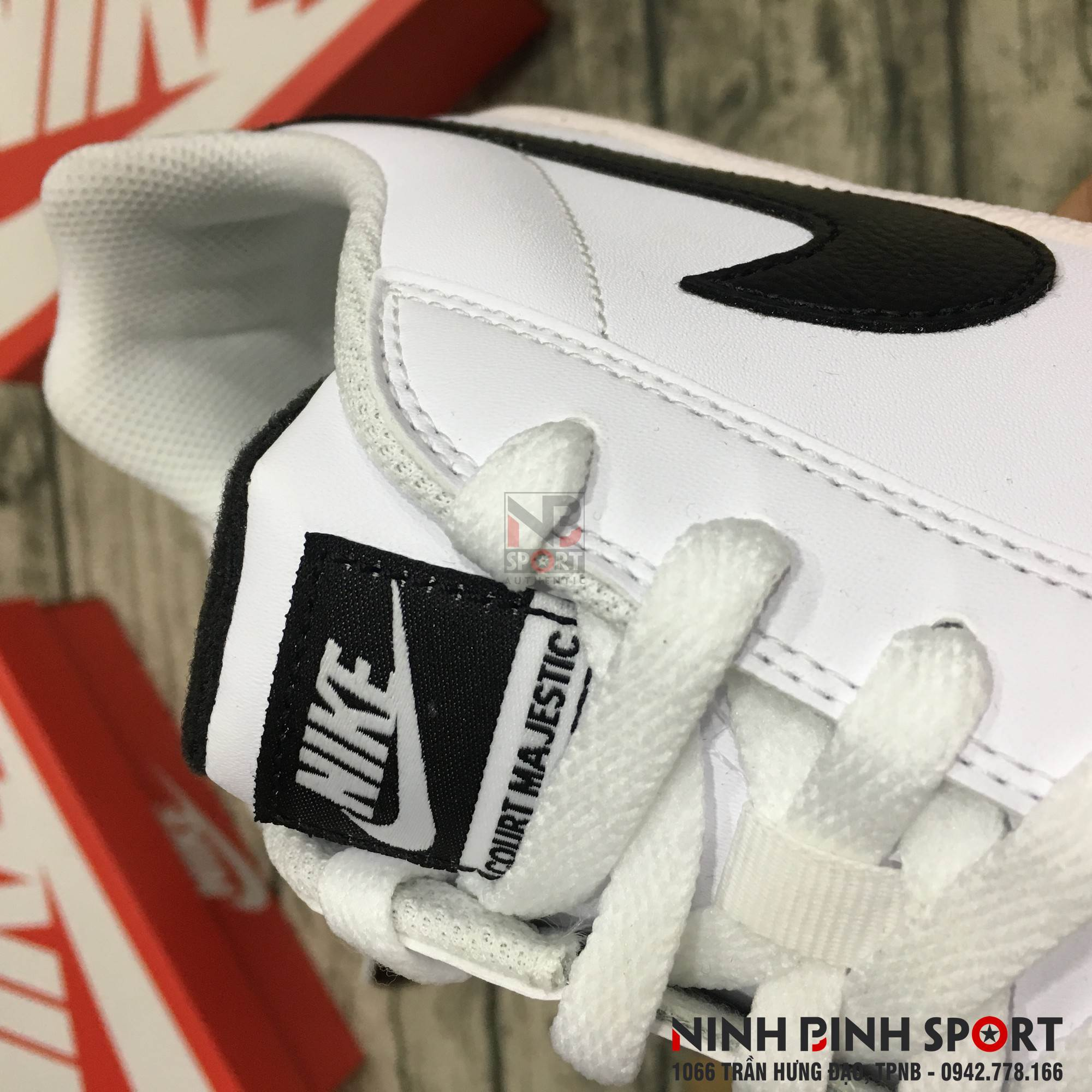 Giày thể thao nam Nike Court Majestic Leather 574236-100