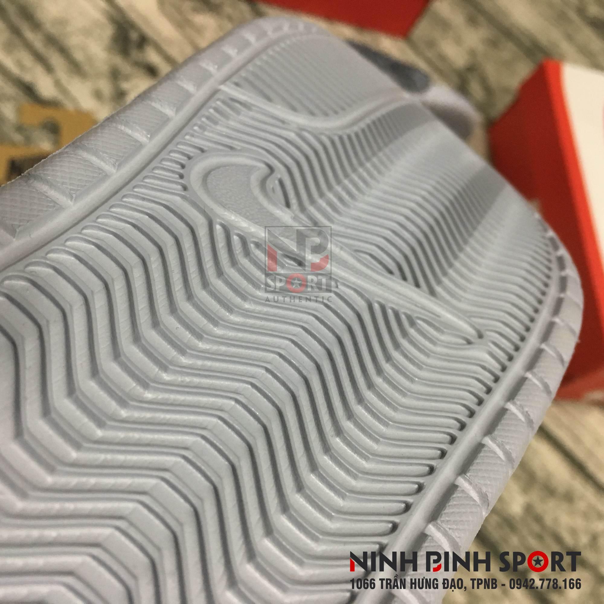 Dép thể thao nam Nike Benassi 631261-005