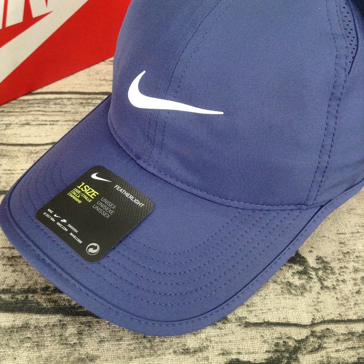 Mũ Nike Featherlight 679421-498