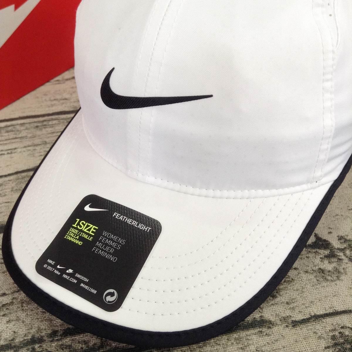 Mũ Tennis Nike Women's Feather Light 679424-100