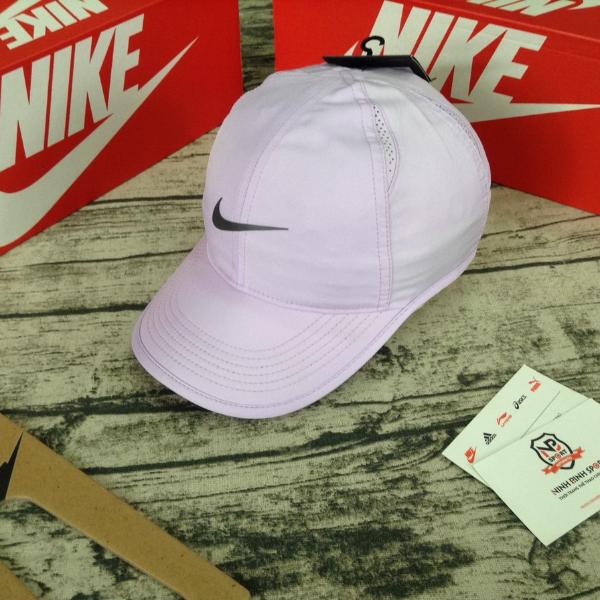 Mũ Tennis Nike Nữ 679424-514