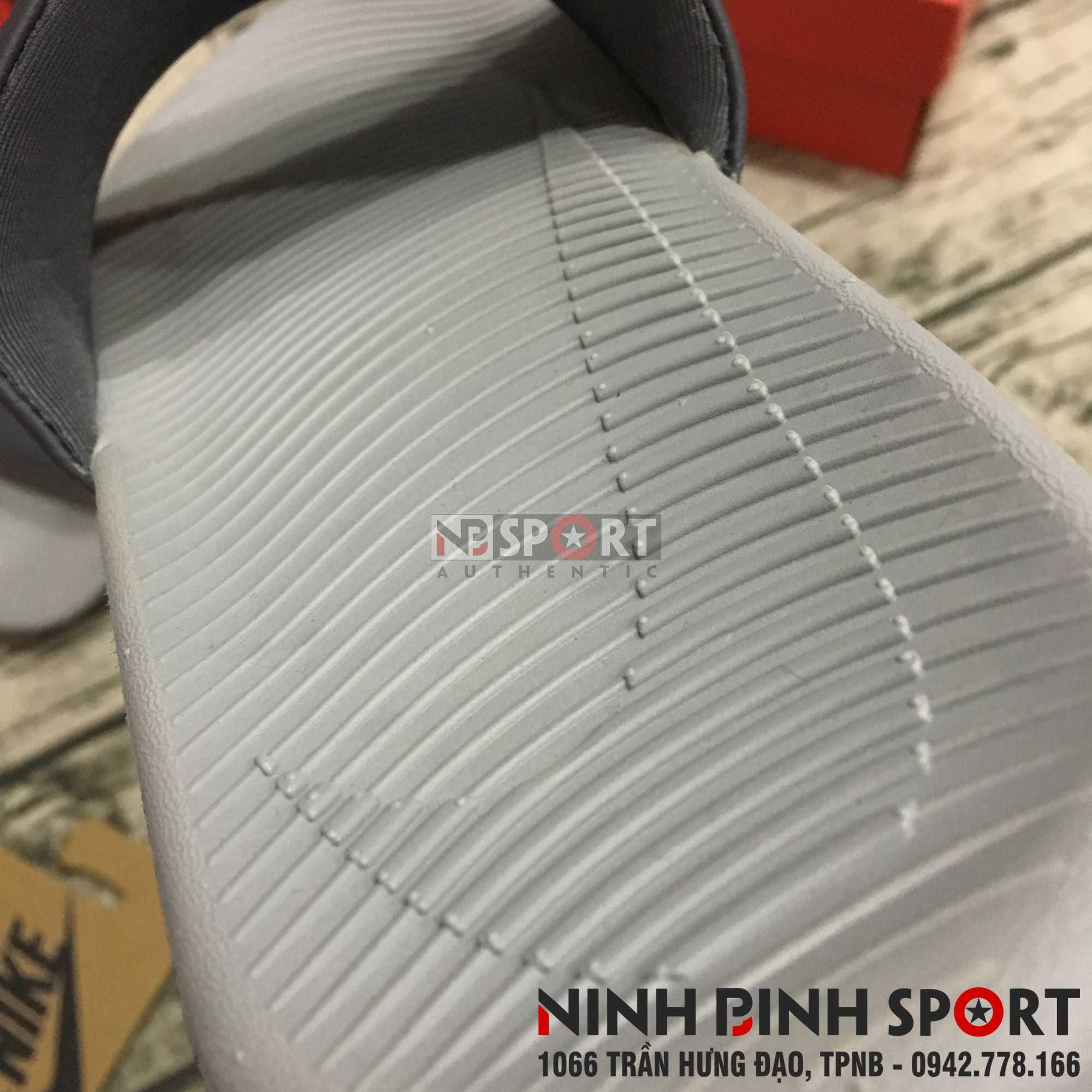 Dép thể thao Nam Nike Kawa Slide 832646-001